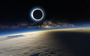 Eclipse_FAKE_PIC_3239175c